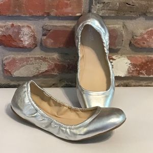 Nine West Silver Ballet Flats EUC